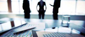 Ảnh hưởng của việc xác định thời điểm có hiệu lực của hợp đồng sớm hơn thời điểm ký kết hợp đồng